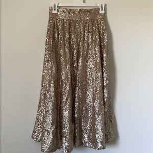 Gorgeous gold sequin midi skirt!